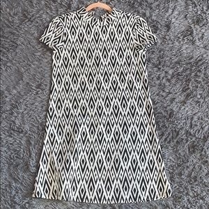 Almost Famous 70s inspired geometric pattern dress